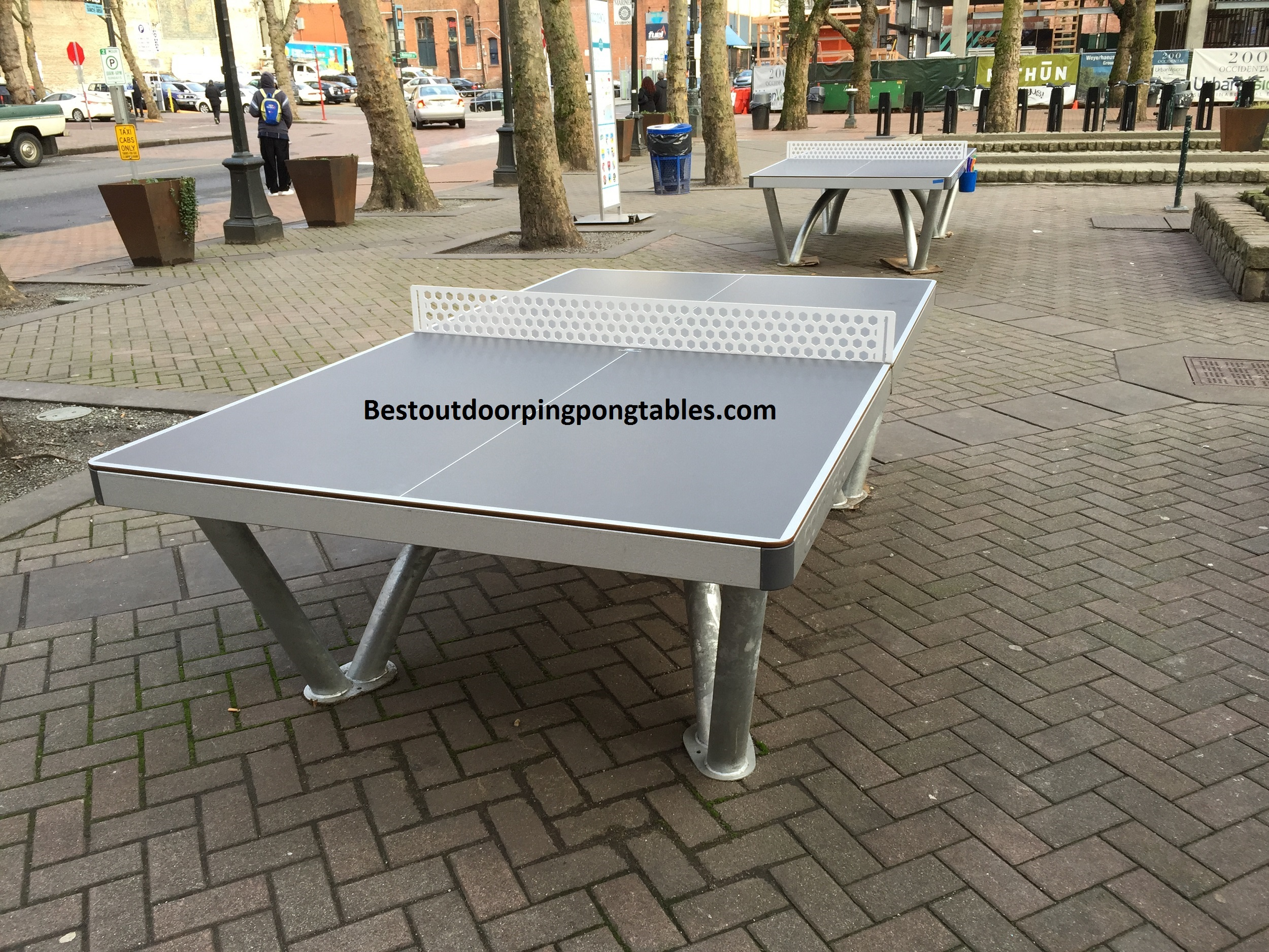Cornilleau Park Outdoor Ping Pong Table