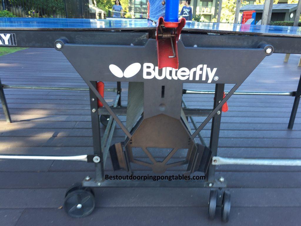 butterfly outdoor playback rollaway